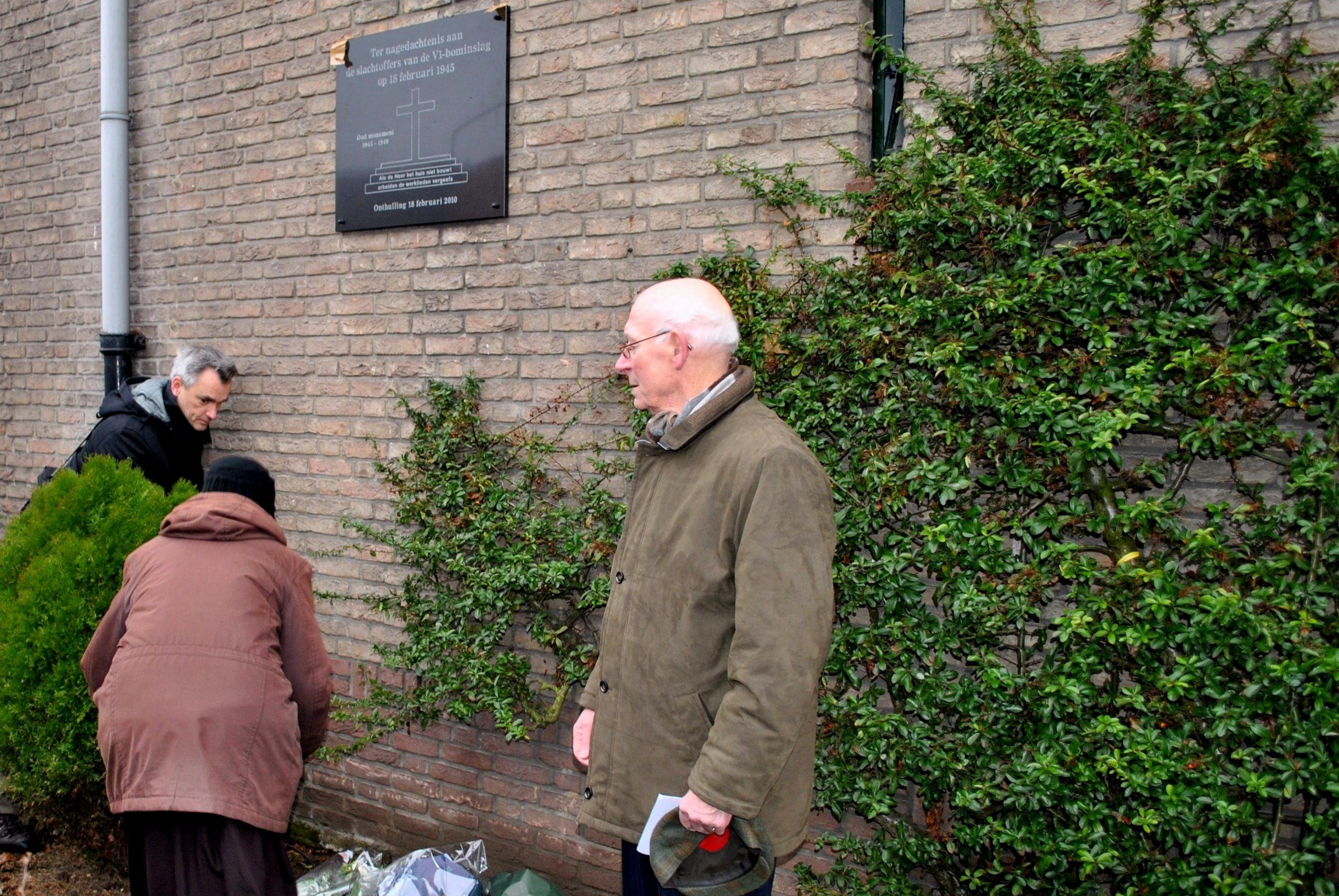 Herdenking slachtoffers V1 bominslag Waterkwartier 18 februari 1945