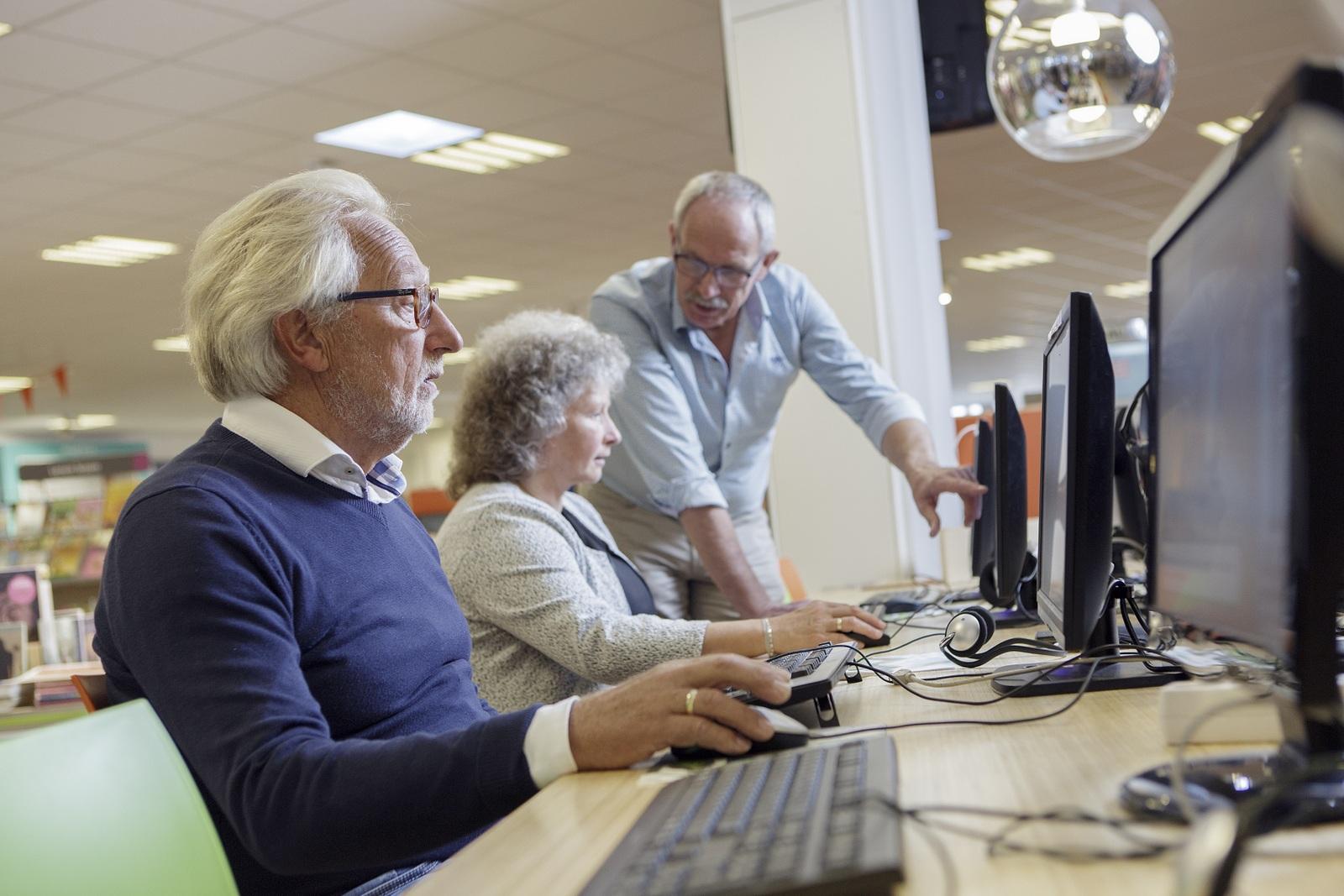 Bibliotheek De Biezantijn zoekt digitale vrijwilliger